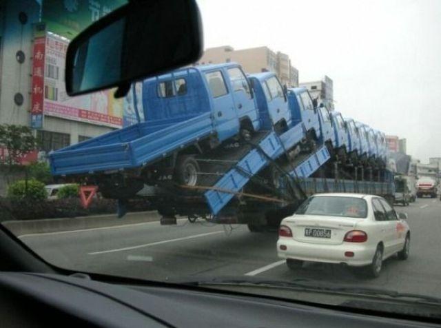 超絶トラック運搬