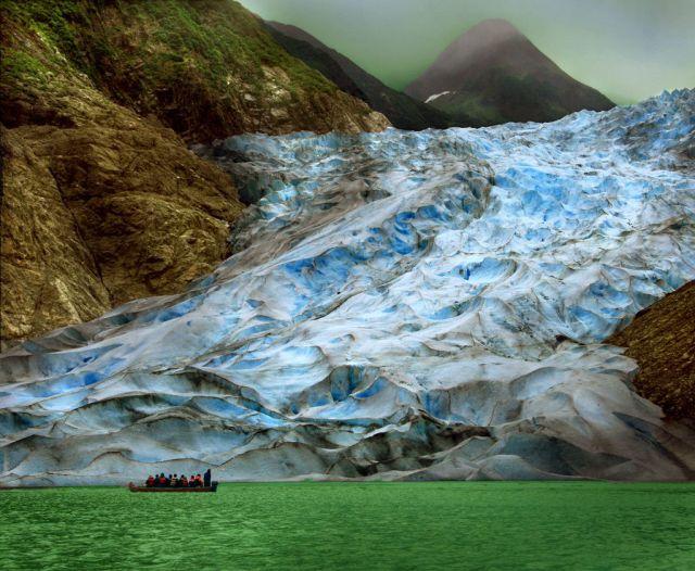 海に到達した氷河