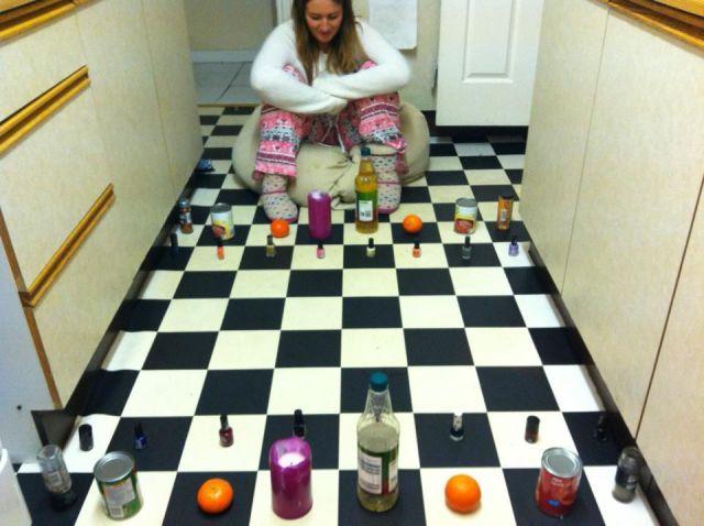 床でチェス