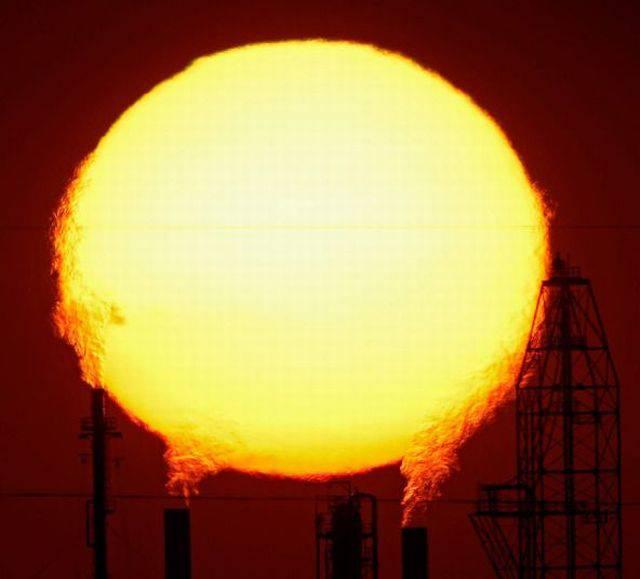 太陽と煙突